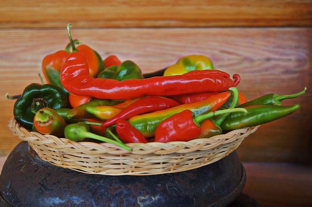 Cayenne pepper for hårvekst: hvordan hjelper det eller fordel
