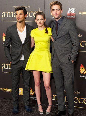 Kristen stewart på Breaking Dawn 2 premiere, madrid: kjole, sminke dilemna
