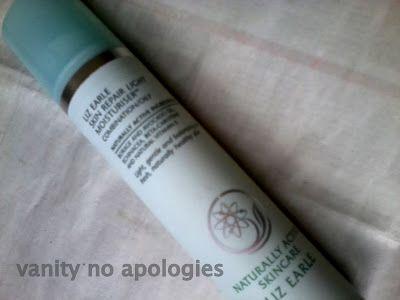 Liz earle hud reparasjon fuktighetskrem lys - for kombinert / fet hud