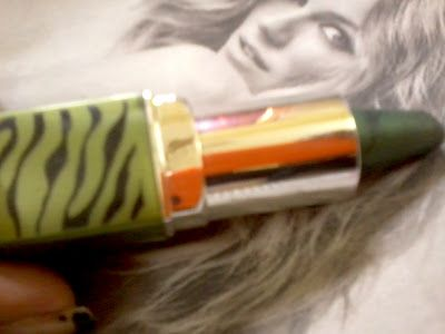 Oriflame skjønnhet kajal øye liner- grønn jungel gjennomgang og fargeprøver